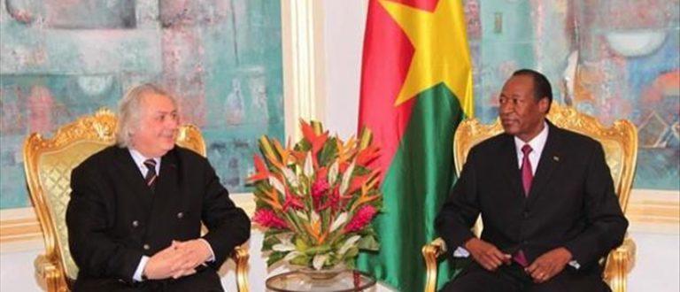 Article : Burkina Faso : un faux conseiller de Hollande chez Blaise