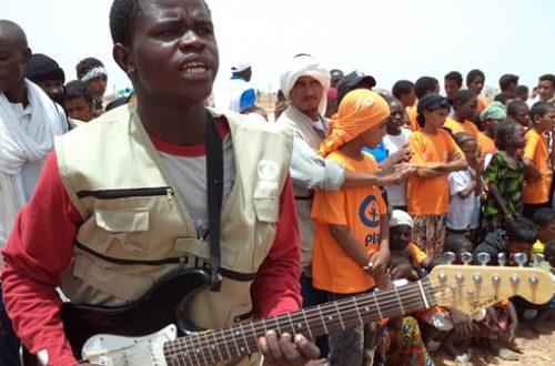 Article : Mandé ou l'engagement pour le bonheur d'enfants réfugiés
